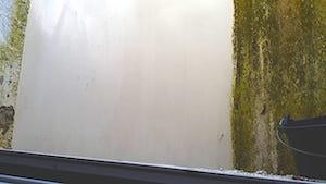 keller-lichtschächte-reinigung-lichtschacht-www.glasklar-fensterreinigung.de